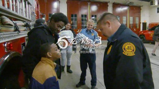 PHOTO: Captain Scott Stroup of the Dekalb County Fire Rescue Department meets with the family who he helped save from a burning apartment building. (ABC News)